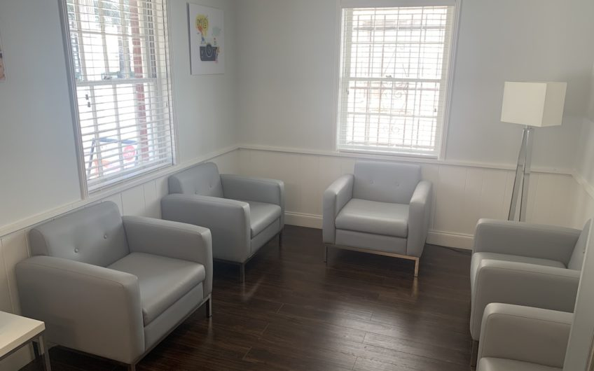 Coral Gables 5 OP's 4 Chairs on Stand-alone Building Patients Included